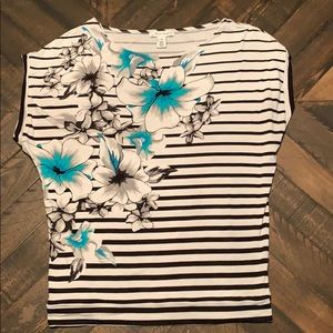 WHMB short sleeve floral